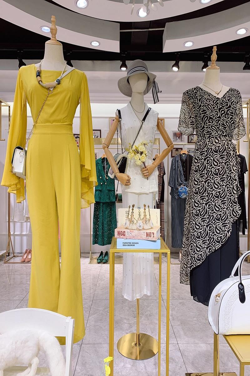 广州20夏香菲儿精美套装品牌折扣尾货货源三荟服饰
